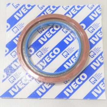 504078511 Uszczelniacz wału korbowego tył (83x113x12.5/13) IVECO DAILY FIAT DUCATO Silnik 2,3 Diesel Od strony skrzyni biegów.